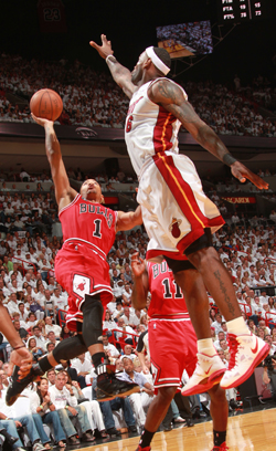 Copyright NBAE 2011 - Photo by Victor Baldizon/NBAE via Getty Images